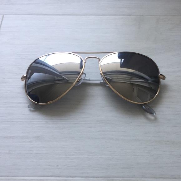 d6438f0b8bc4 Steve Madden Accessories | Silver Mirror Aviator Sunglasses | Poshmark